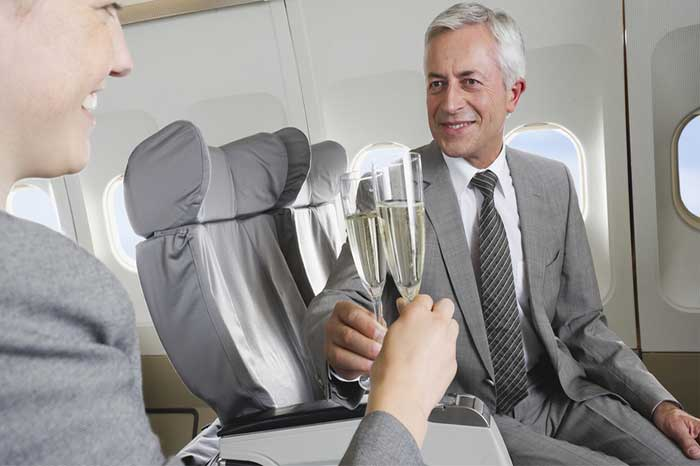 shutterstock_215092273-score-upgrades-on-your-flight-and-accommodations